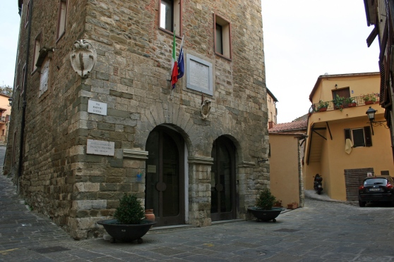 PALACE OF MUNICIPALITY – Scarlino